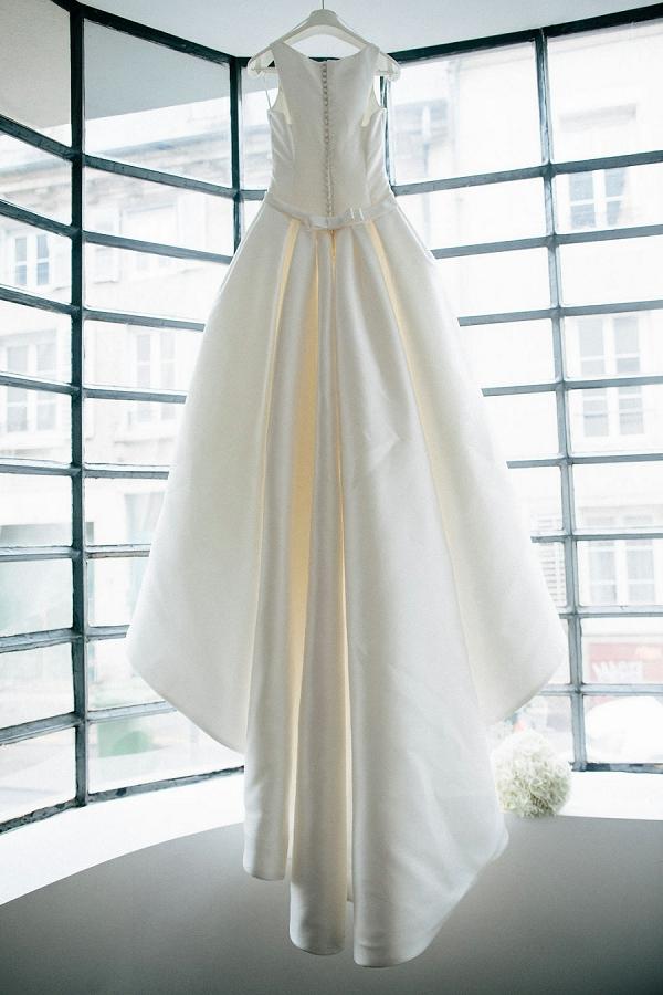 Pronovias classic dress