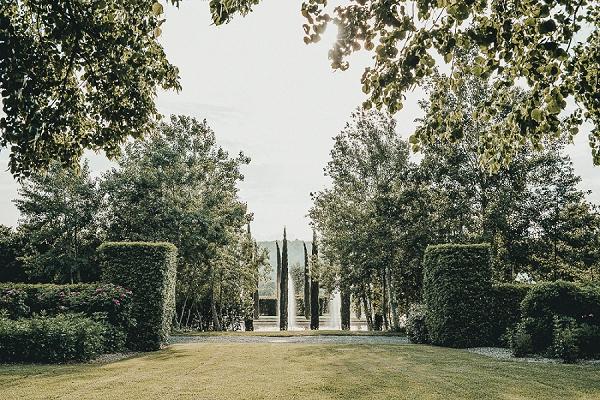 Domaine d'Essendiéras gardens