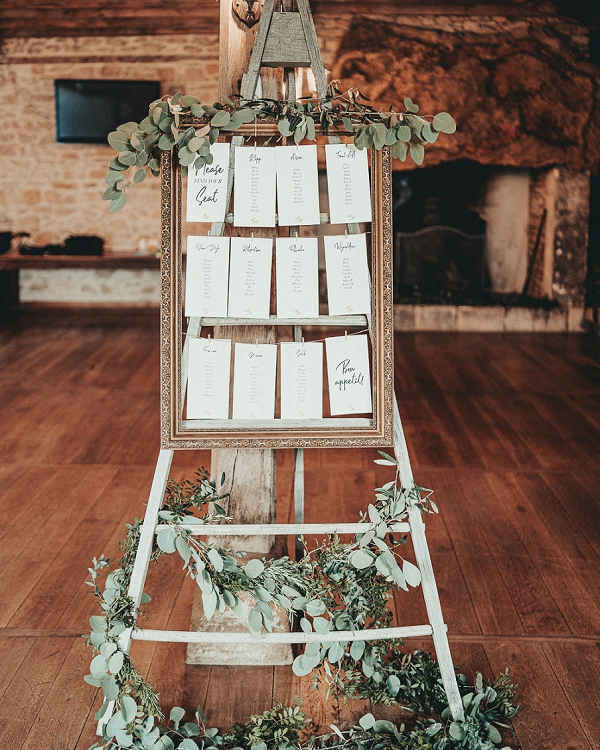 french inspired table plan decor