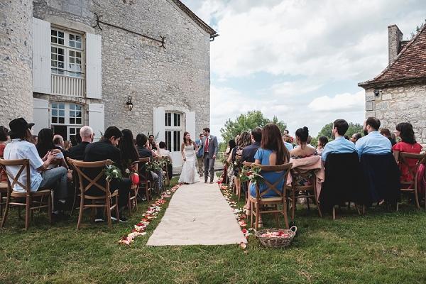 wedding ceremony in Dordogne