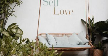 Bridal self love during Covid 19 on French Wedding Style (1)