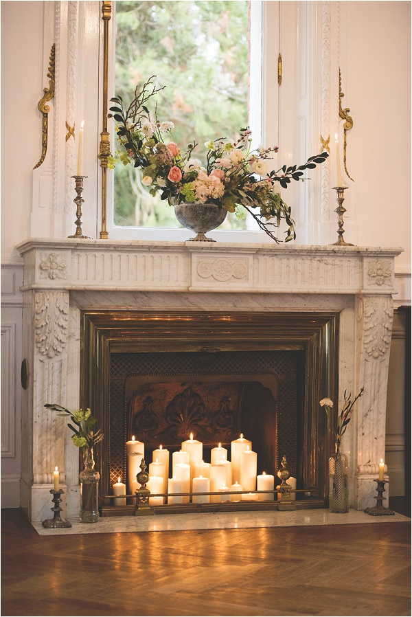 Fireplace styled for a wedding Photography by awardweddings 0001
