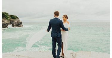 Newlywed couple shoot windy