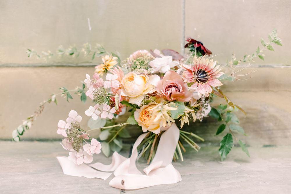 Les Ephemeres Wedding Florist in the Loire