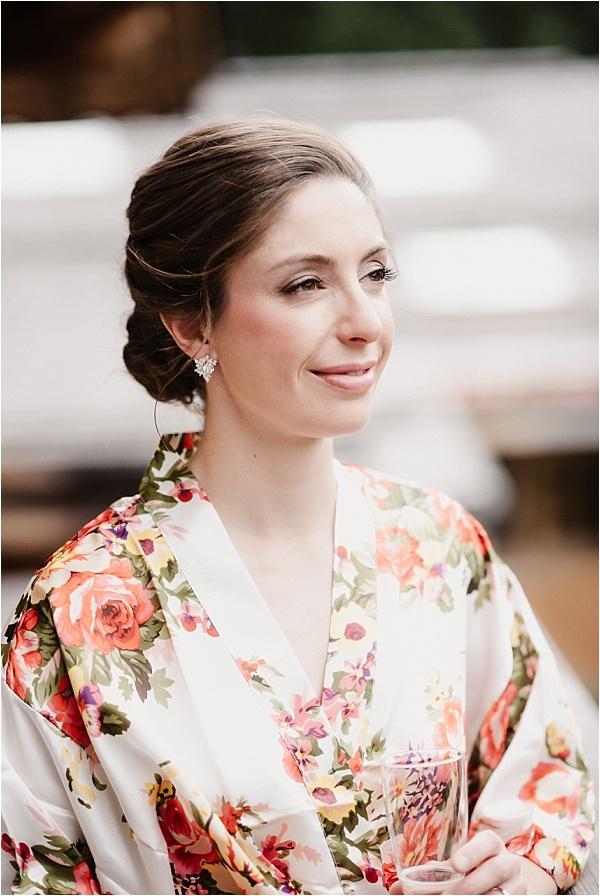 Ms. Lovely Robe