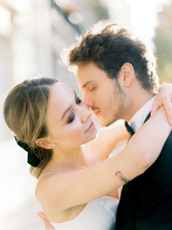 romantic Wedding Inspiration in Paris