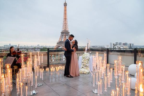 roof top Paris Proposal