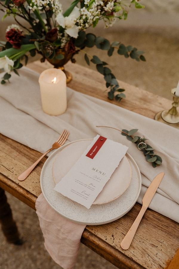 rustic tablescape wedding