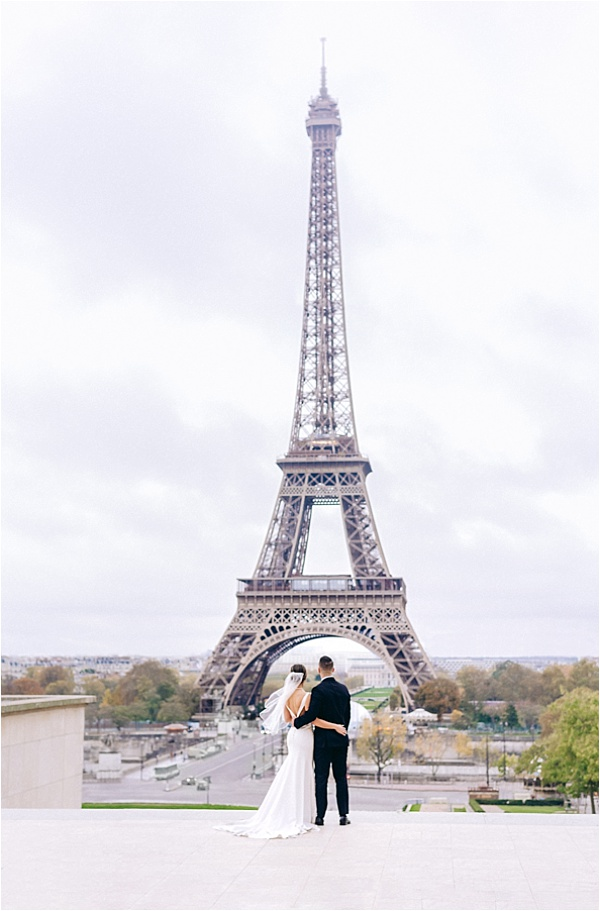 Admiring the eiffel tower