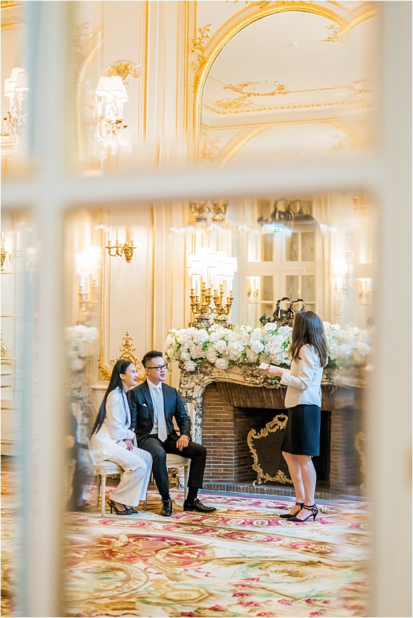 Micro wedding The Paris officiant