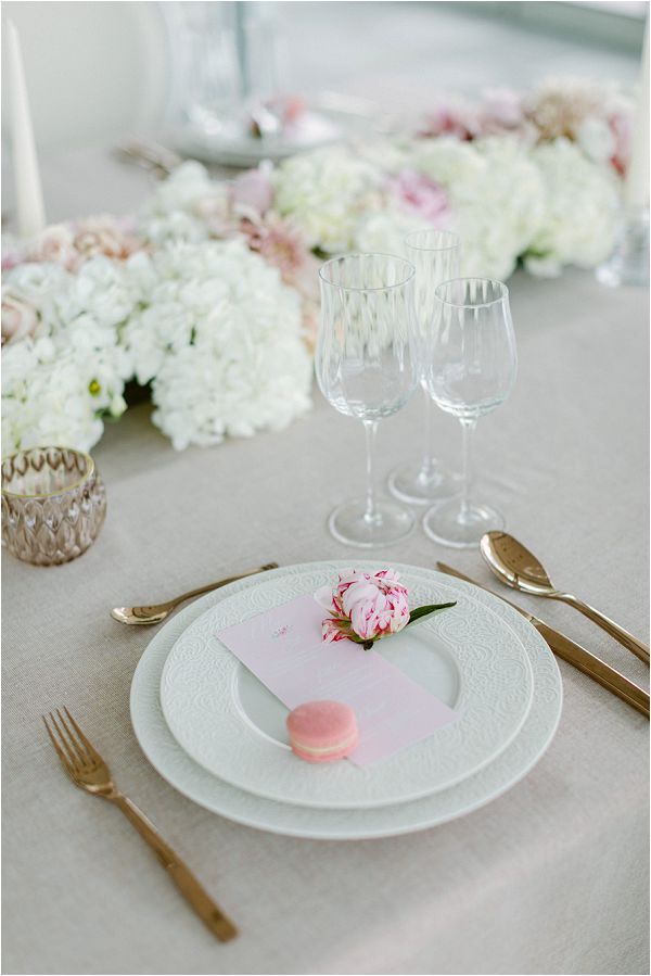 chic French wedding style table Images by Zackstories