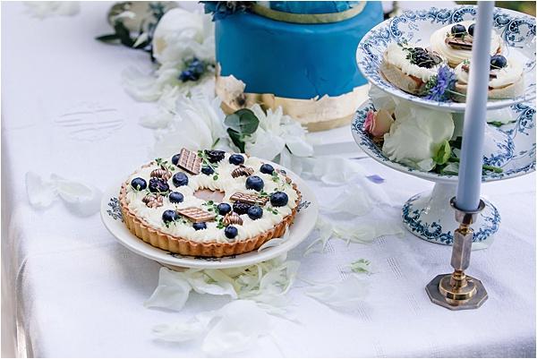 @innasocake Cakes