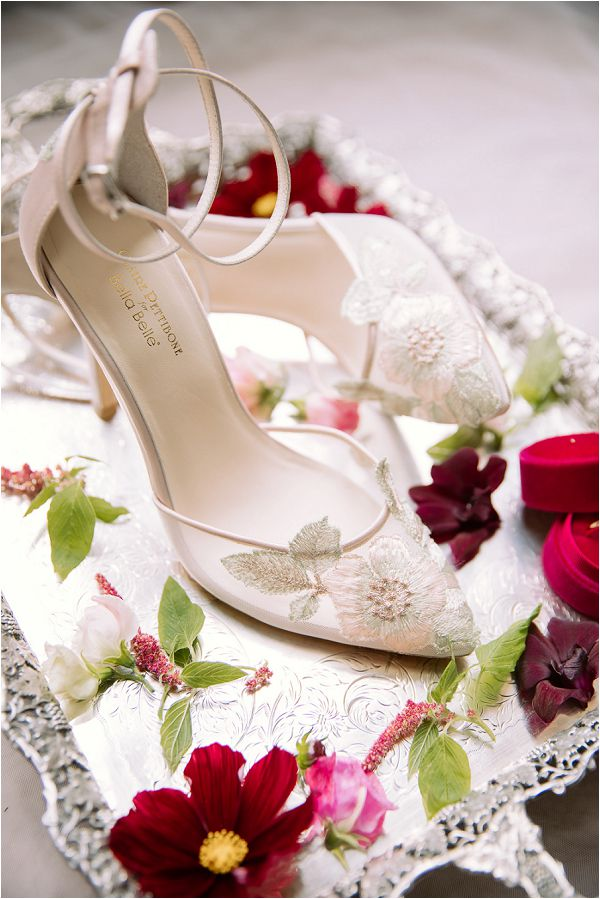 Bella Belle bridal shoes Image by Daria Lorman Photography