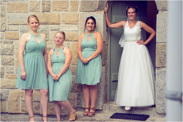 Bridal party inc Down Syndrome Bridesmaid | Photography by Wedding Fusion Imagery