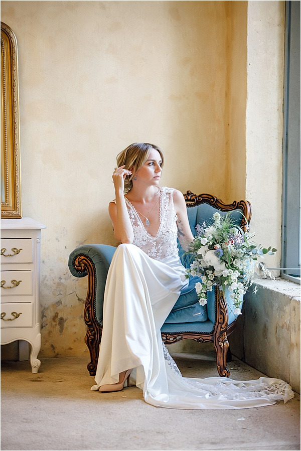 Bride with Jardin d'Arums Flowers