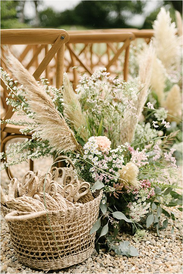 Chic Chateau de Malliac Wedding Florals
