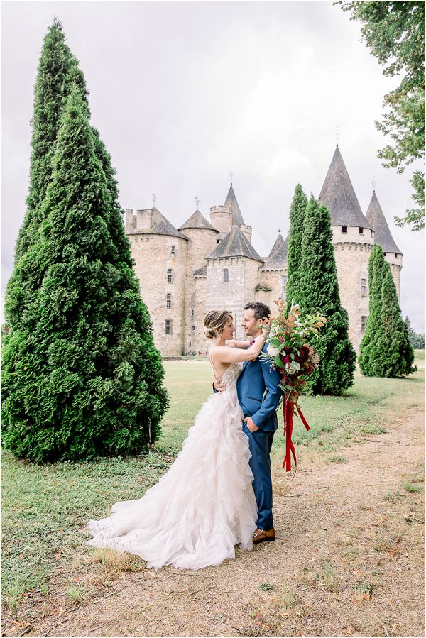 Dream Luxury French wedding Chateau Image by Daria Lorman Photography