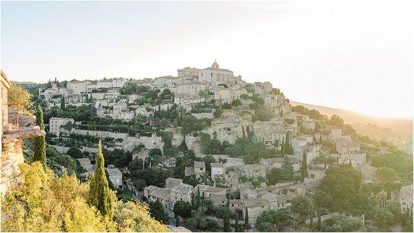 Gordes Provence | Images by Jeremie Hkb