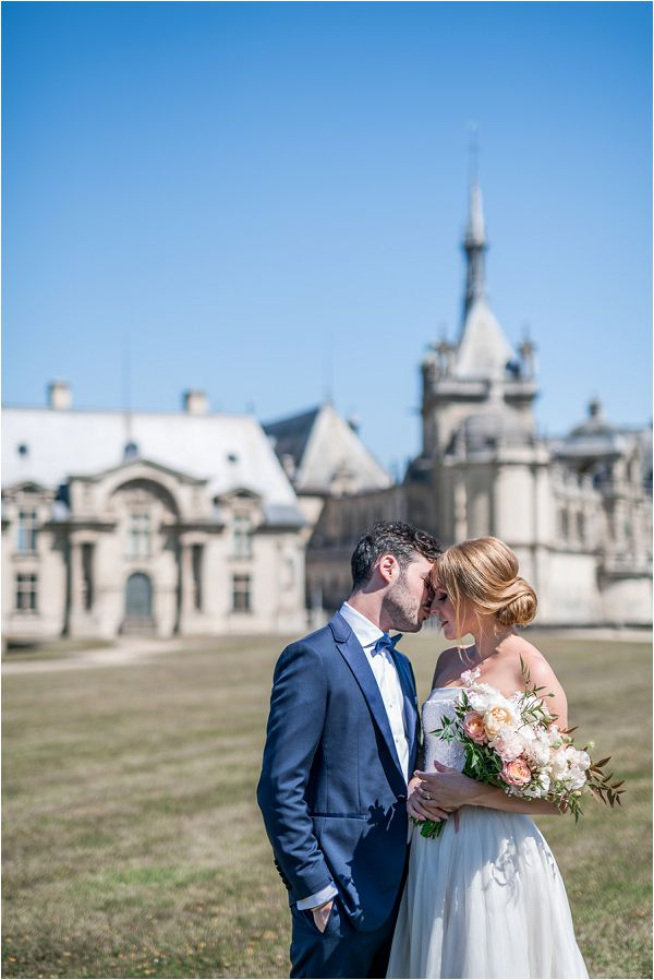 Romantic Elopement at Chateau de Chantilly Paris | Image by Cedric Klein