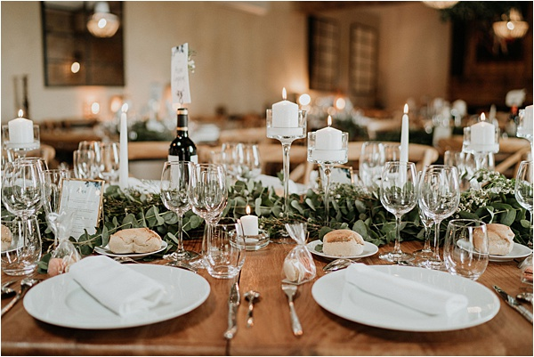 White theme tablesetting