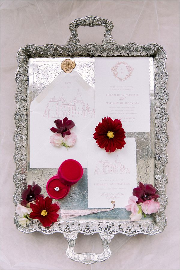 burgundy and white wedding invites Image by Daria Lorman Photography