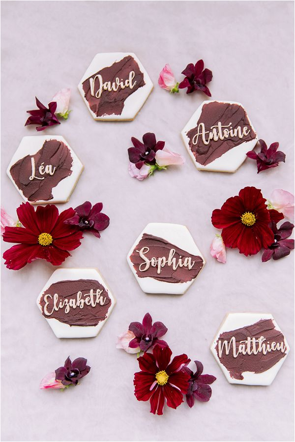 burgundy and white wedding place cards Image by Daria Lorman Photography