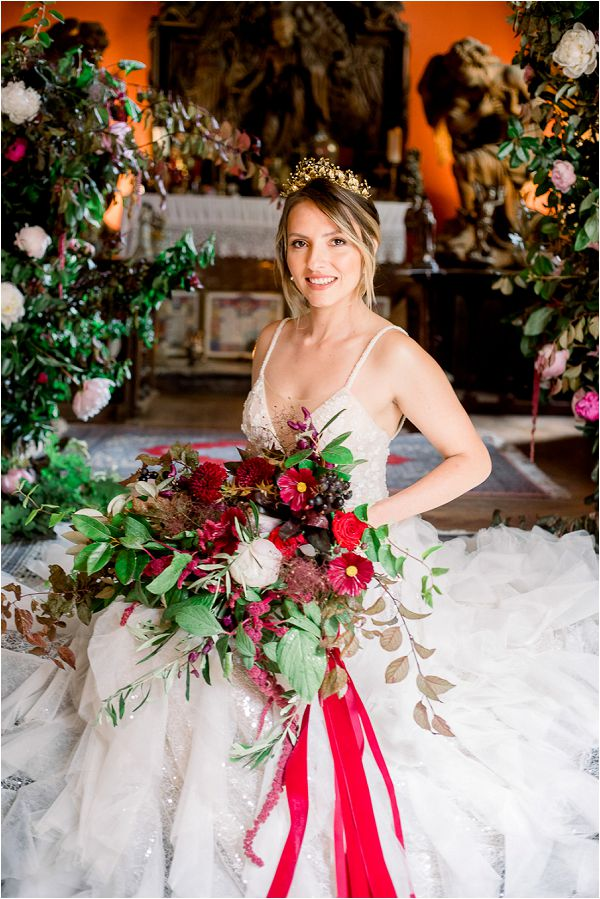 christmas festive themed bridal bouquet Image by Daria Lorman Photography