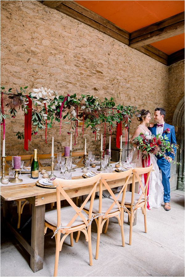 festive wedding table styling Image by Daria Lorman Photography