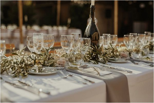 rustic chic French wedding table | Images by Danelle Bohane