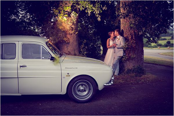 vintage white wedding car | Photography by Wedding Fusion Imagery