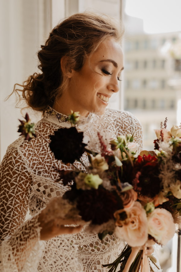 Bridal Bouquet Elopement in Paris