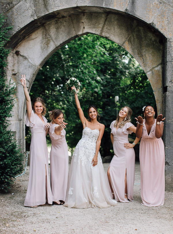 bride and bridesmaids in grounds of chartreuse de pomier