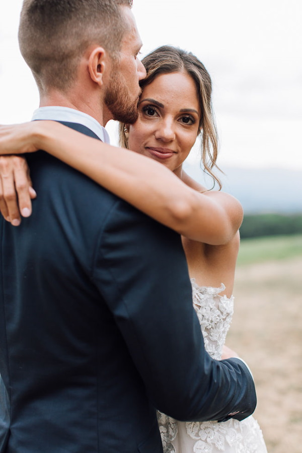 photoshoot at chartreuse de pomier wedding