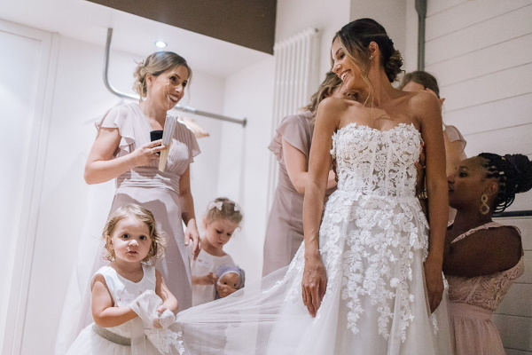 bride getting ready at chartreuse de pomier