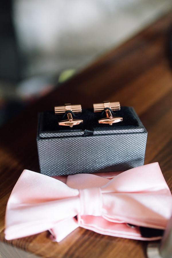 wedding chartreuse de pomier grooms cufflinks