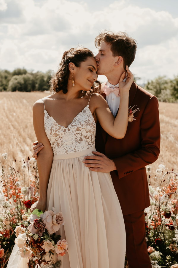 summer weddings in france