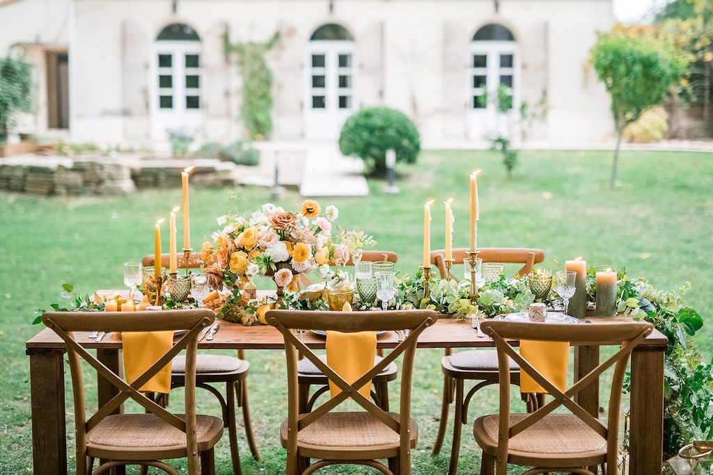 Wedding table arrangement in Avignon France