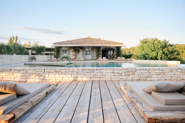 Poolside cabana at Domaine de Bres