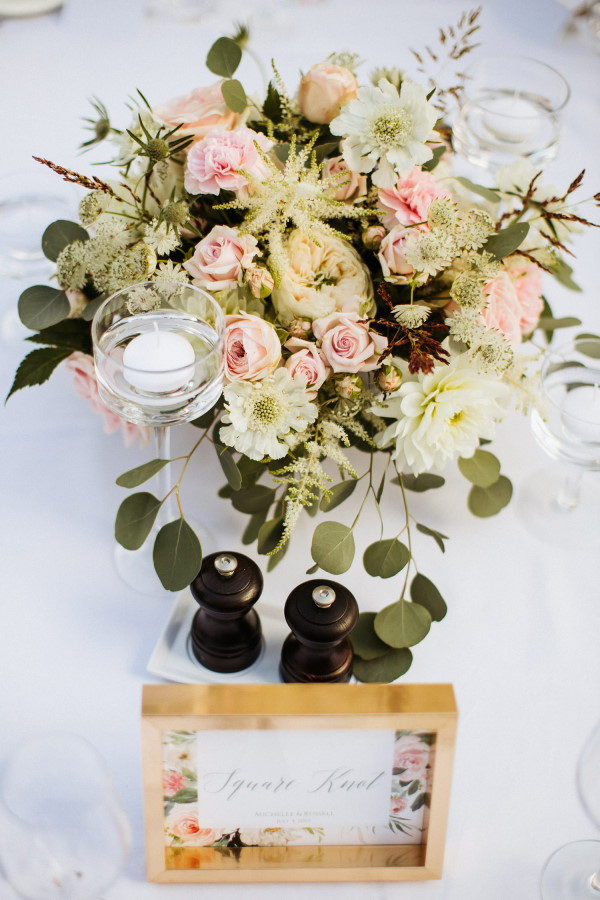 Nautical themed wedding table setting with place card that has nautical knot names