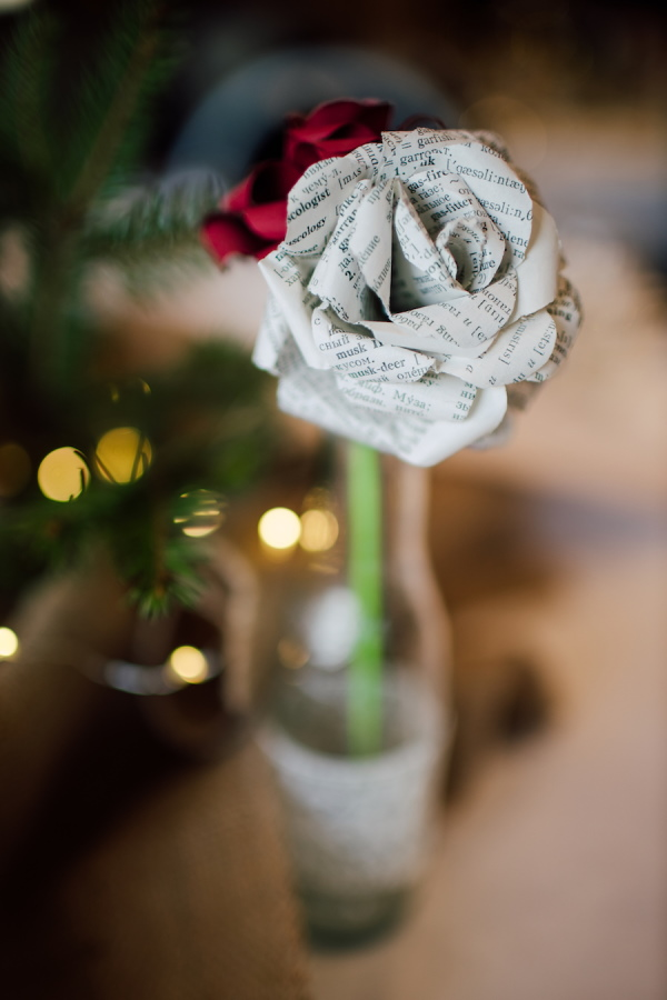 Wedding table decoration made from recycled paper into rose for zero waste wedding