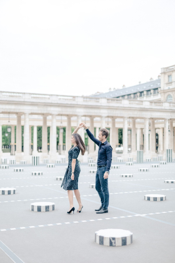 Marine & Guillaume Louvre Palace Engagement Picture 1