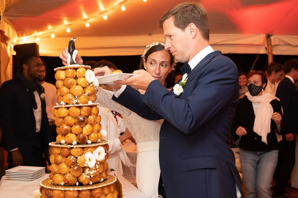Husband and wife begin serving croquembouche