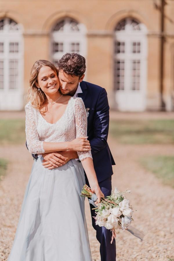 La vie en bleue wedding shoot at Chateau Cons La Grandville