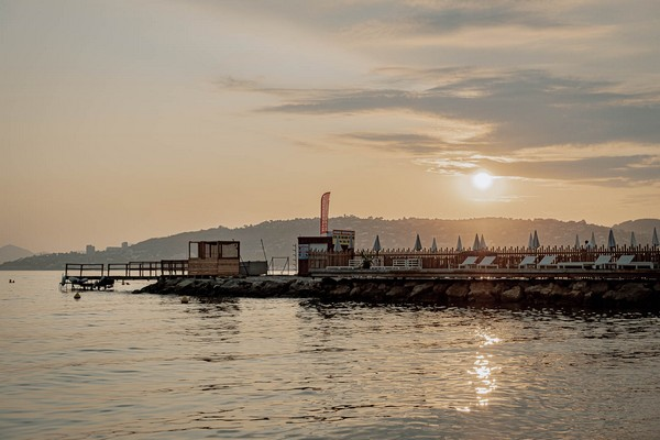view of water and wharf in Epi Beach, Antibes