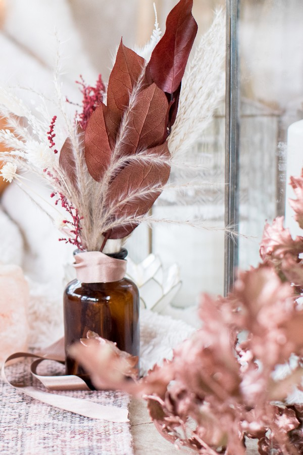 Fall palette for wedding at Domaine des Moures